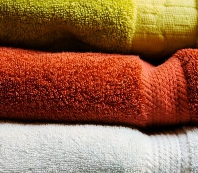 Don't spend weeks cleaning and preparing for house guests. Instead follow these 10 steps to get the most 'bang for your buck' to prep for house guests.