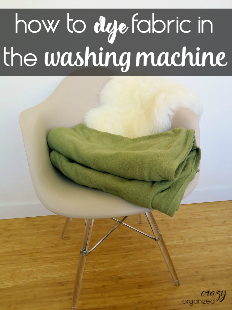 Foolproof guide to dye fabric in your front load washer! Give your old clothes and blankets a brand new look by dying with Rit!