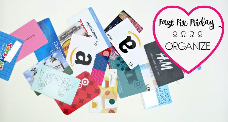 No need for a complicated or expensive system to organize your gift cards. All you need is 5 minutes to make this easy gift card organization system!