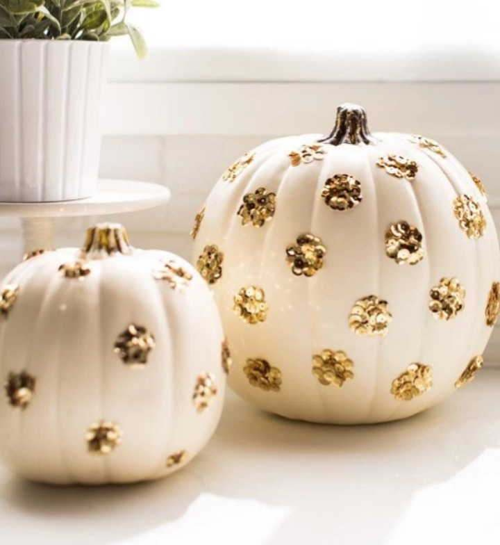 Love all these pumpkin decorating ideas .... especially #4!